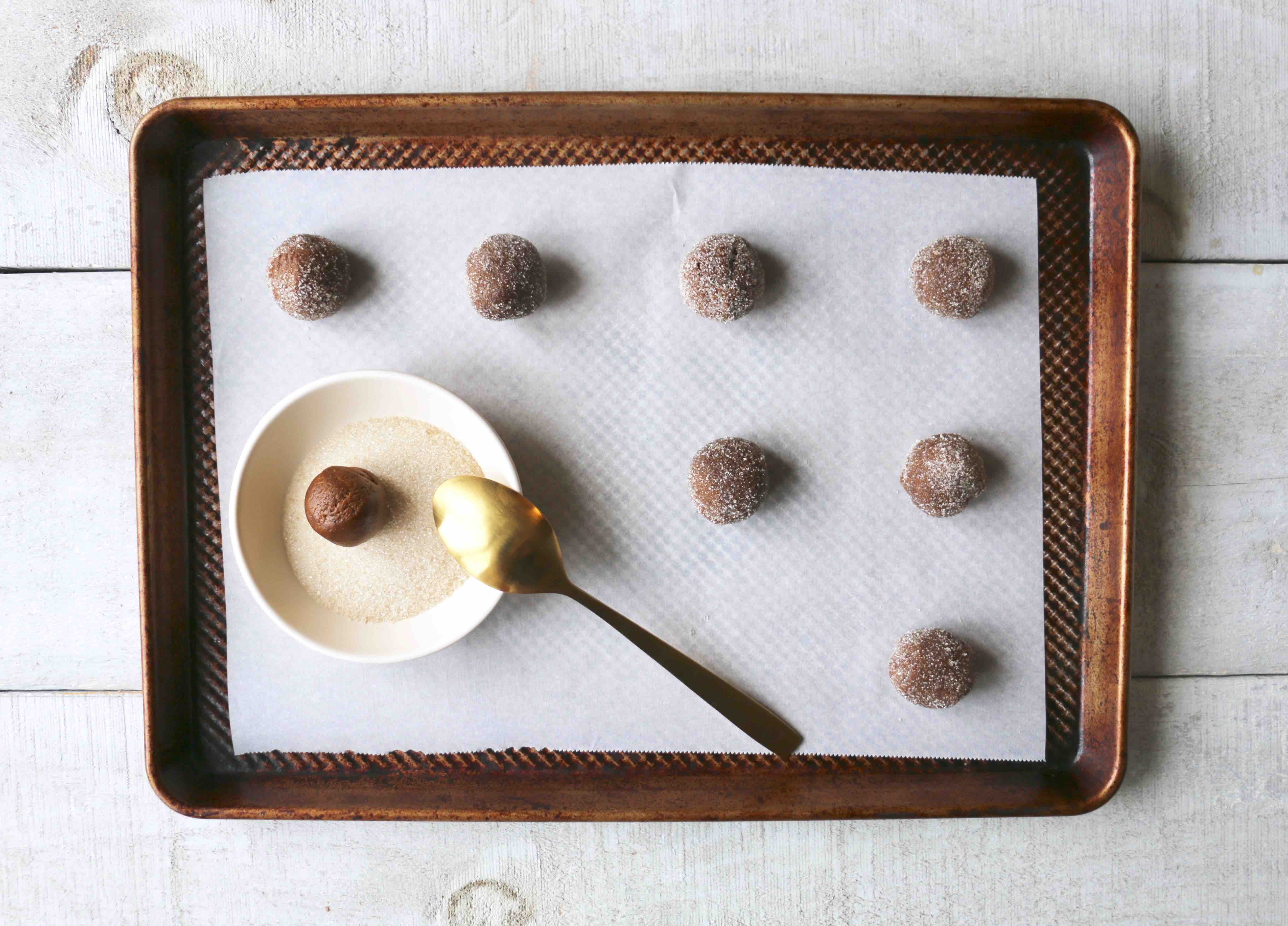 Biscuits végétaliens au gingembre et à la mélasse