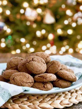 Vegan Ginger-Molasses Cookies